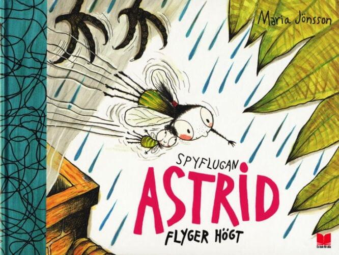 Spyflugan_Astrid_flyger_hogt